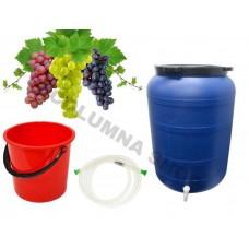 Butoi plastic 250 L cu robinet + Furtun pentru tras vin 1,5m + Galeata plastic 10 L